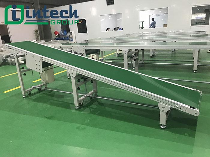 Cấu tạo băng tải PVC nghiêng